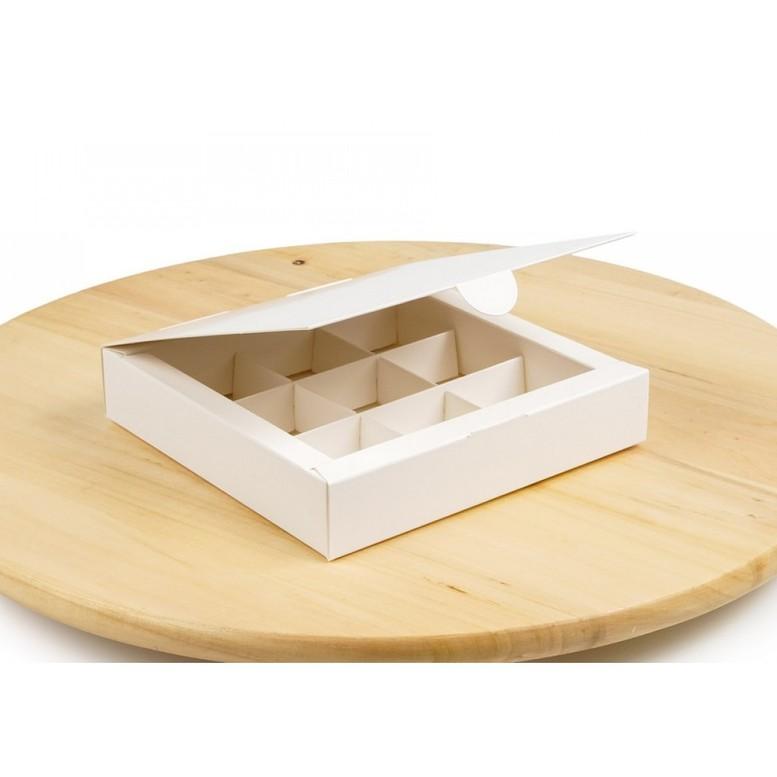 Коробка для 9 цукерок Біла, 153х153х30мм