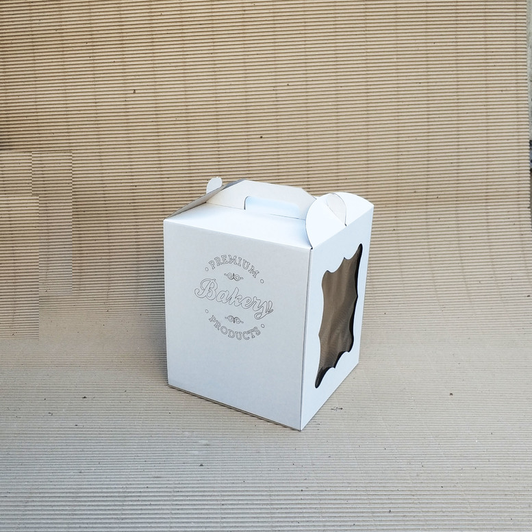 Коробка для торта 250х250х300 белая с окном, м/г. с гравировкой