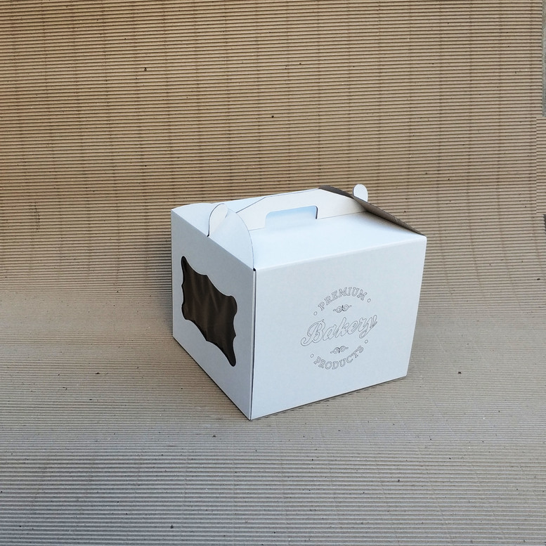 Коробка для торта 300х300х250 белая, м/г. с гравировкой