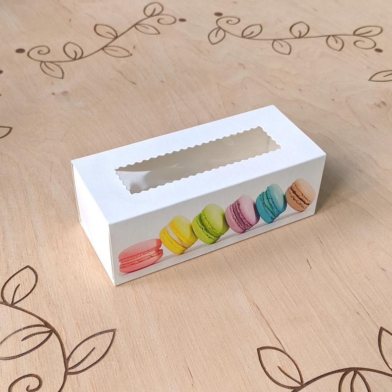 Коробка для 5 макаронс 140х55х45 с окном Принт макаронс