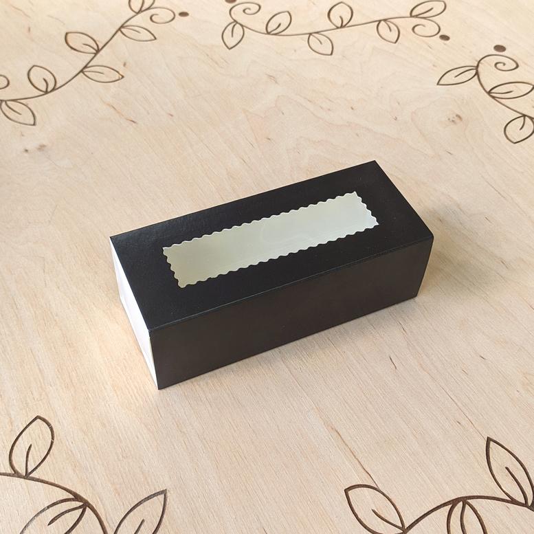 Коробка для 5 макаронс 140х55х45 с окном Чёрная